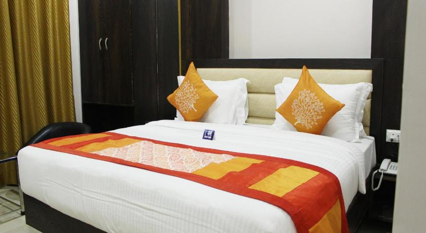 Standard Double Room - Guestroom OYO 3358 Hotel Purple Orchid