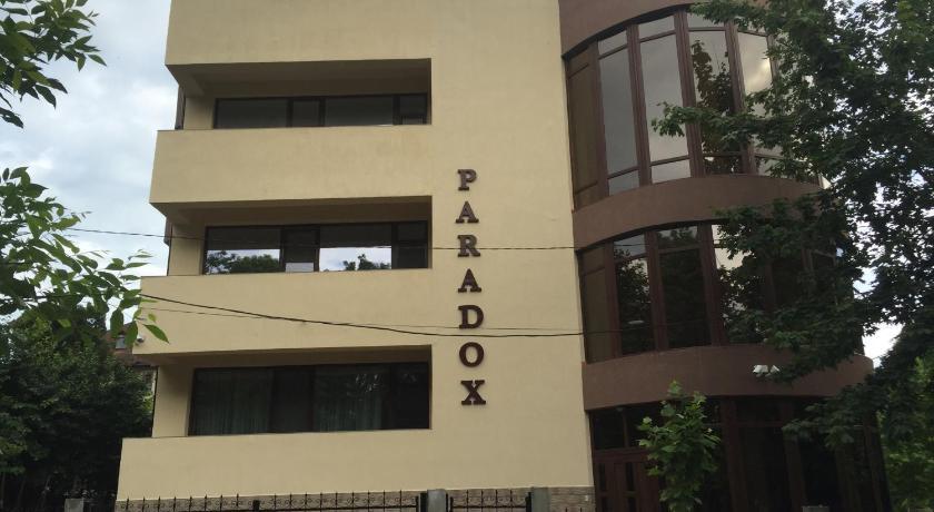 Cazare la  Paradox