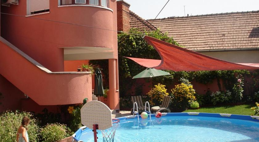 Swimming pool Villa-Hotel Escala
