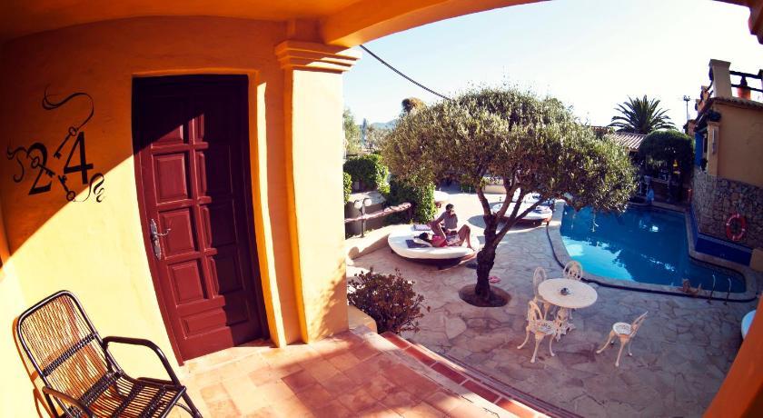 Ibiza Rocks House At Pikes Hotel-8358211