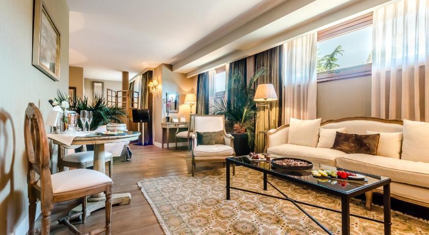 hoteles con jacuzzi en la habitaciÓn en Salamanca  Imagen 28