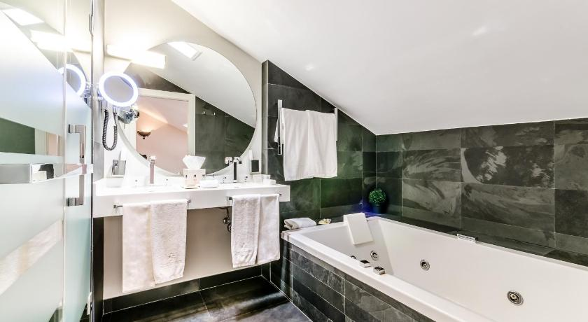hoteles con jacuzzi en la habitaciÓn en Salamanca  Imagen 41