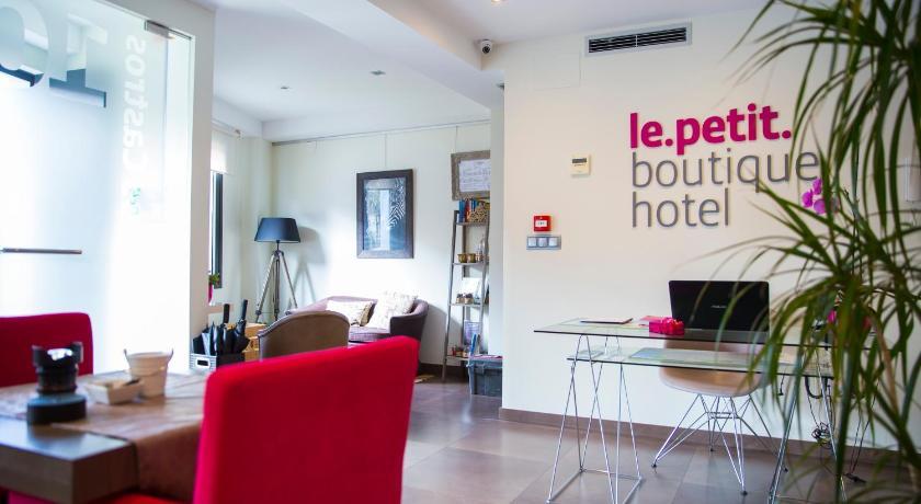 Le Petit Boutique Hotel 19