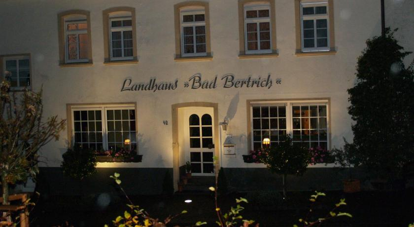 Landhaus Bad Bertrich Bad Bertrich Bedandbreakfast Eu