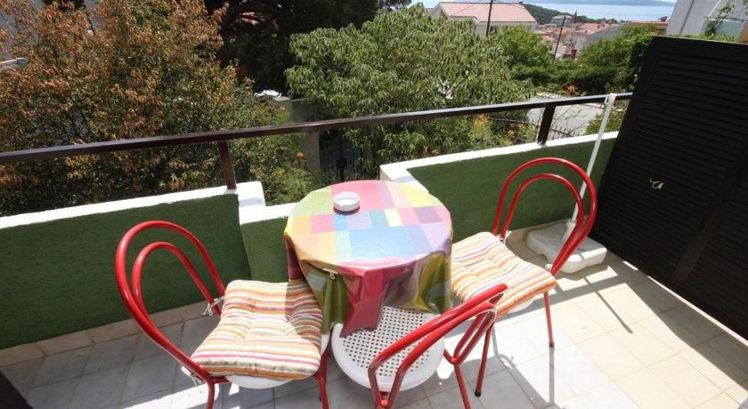 Balcony/terrace Triple Room Makarska 6909a