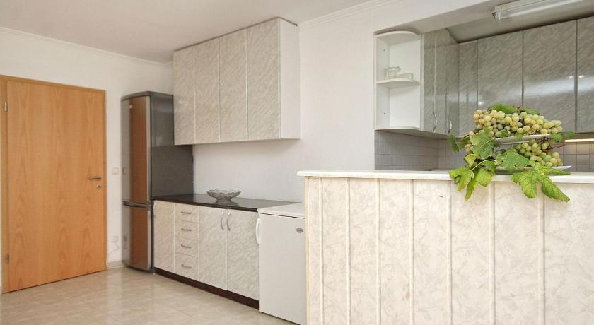Apartment Zavalatica 9150a