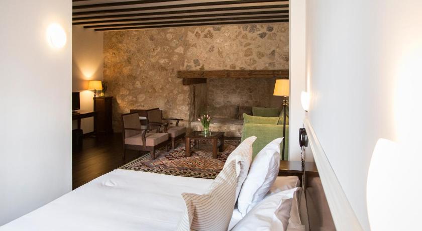 hoteles con encanto en cuenca  143