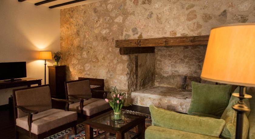 hoteles con encanto en cuenca  145