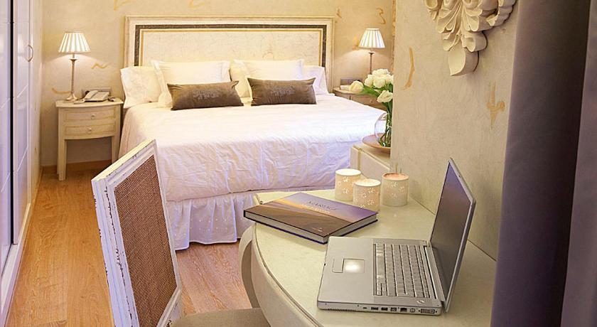 Hotel Sa Calma 8