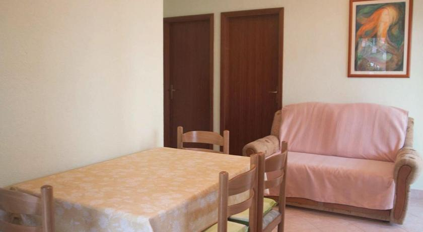 Apartment Seget Donji 8656a