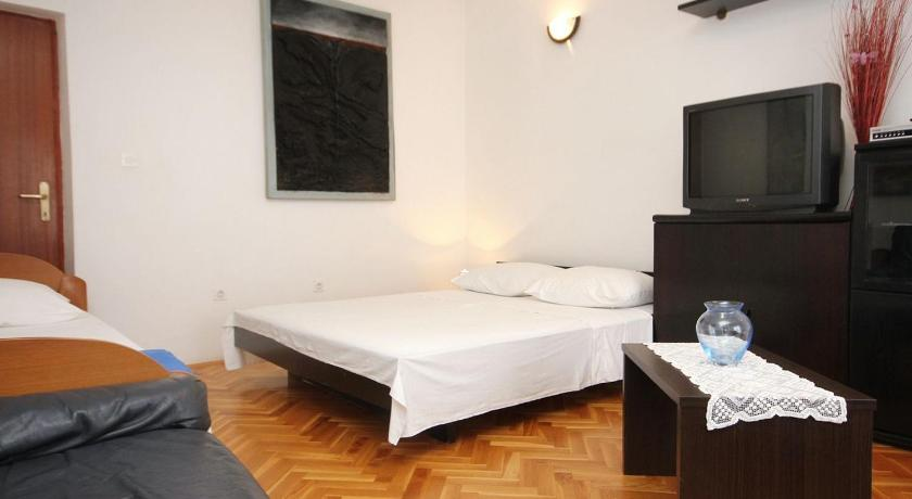Apartment Pag 9408a