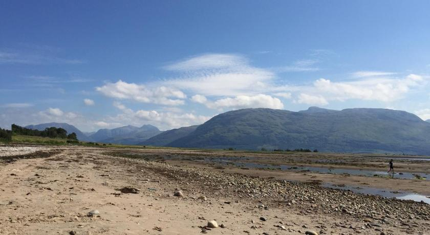 شاطئ إن آت أردجور (Inn at Ardgour)