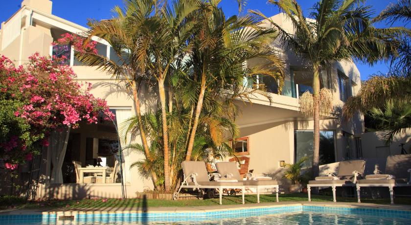 Piscina Ocean Watch Guest House