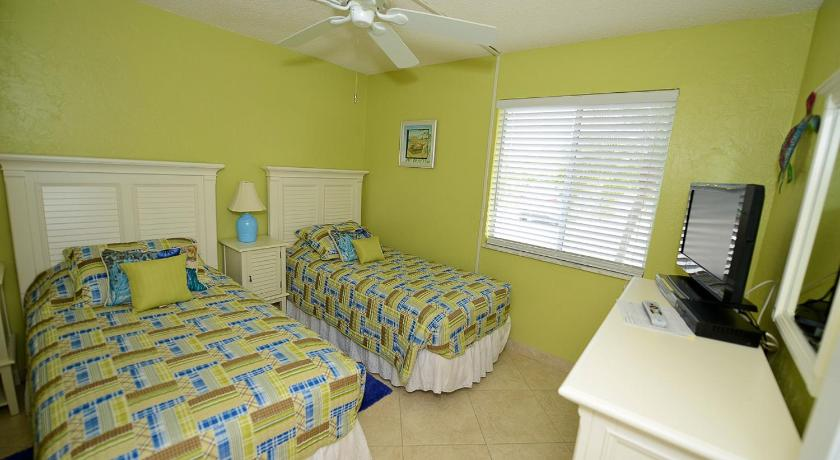 Sanibel Siesta on the Beach Unit 202