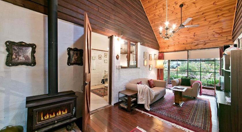 See all 40 photos Hillside Country Retreat