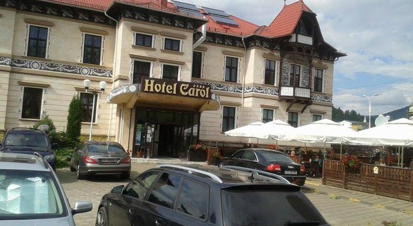 Cazare la  Hotel Carol