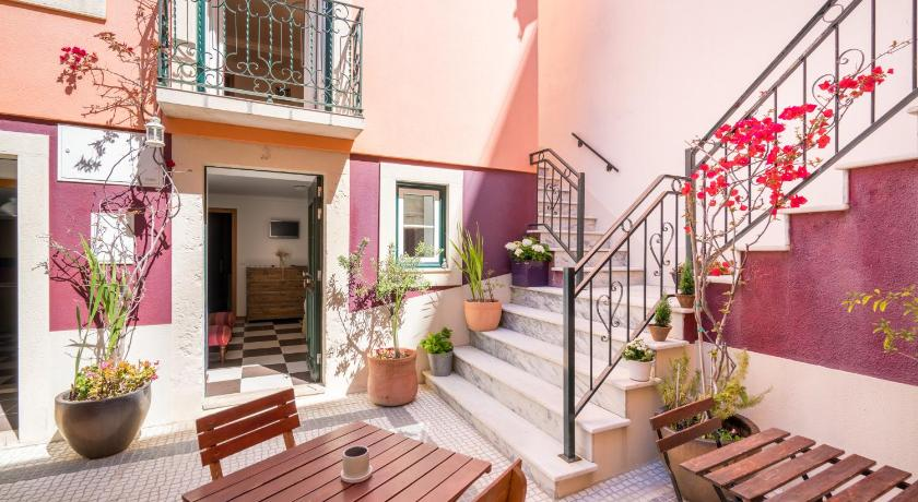 Pateo Santo Estevao-Self Catering Apartments