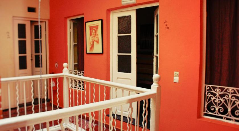 The Melting Pot Hostel Tanger