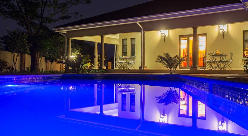 Swimming pool Elegant & Exclusive Boutique GuestHouse