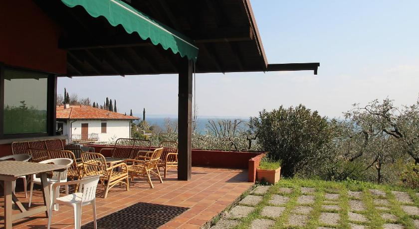 Six-Bedroom Holiday Home Locazione turistica Roberto