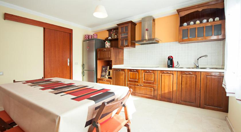 Three-Bedroom Holiday Home Holiday Home Maxorata