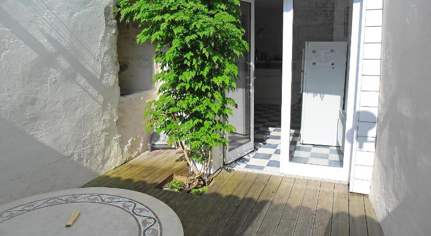 Holiday home Rue Pierre Wiehn Le Chateau d'Oleron