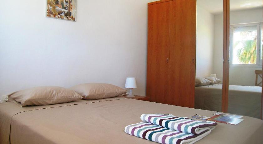 Three-Bedroom Holiday Home Apartment Voramar