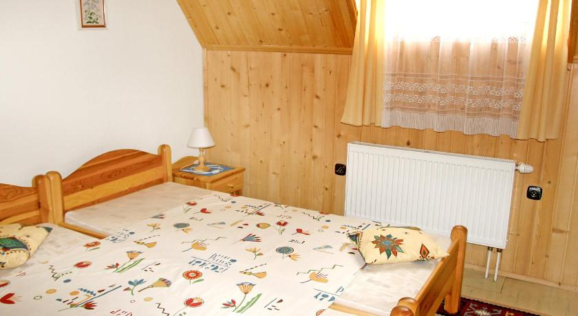 Holiday Home Chalet Chata Tereza