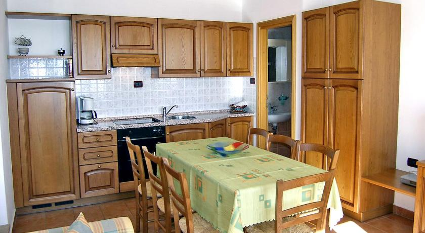 Four-Bedroom House Holiday Home Villa Plac.1