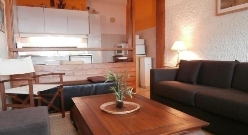 Rental Apartment Les Etangs I