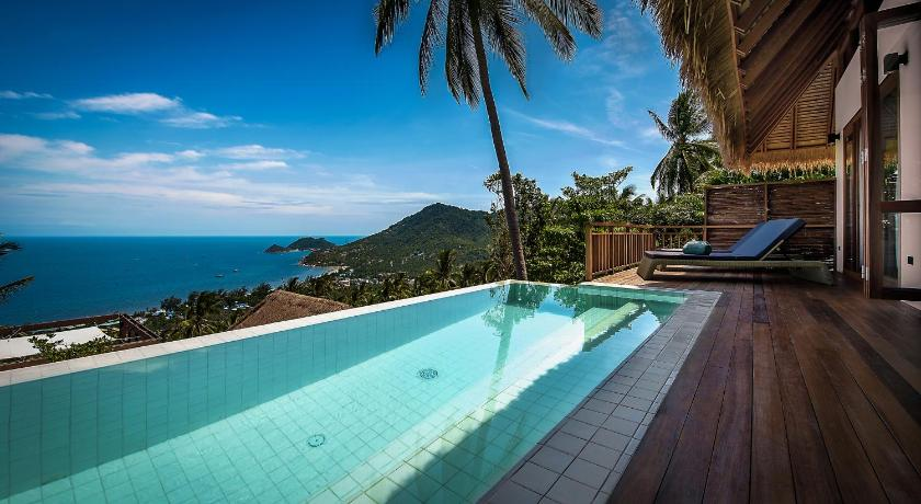 Phandara luxury pool villas book online bed for Koi pool villa koh tao