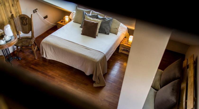 hoteles con encanto en la zubia  181