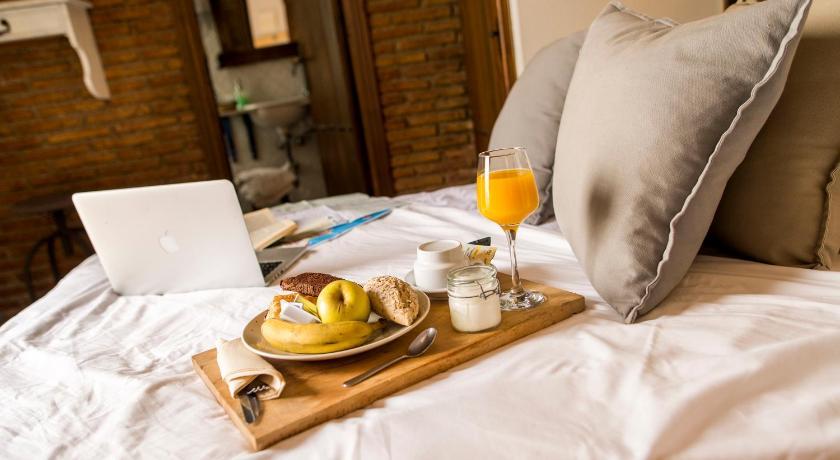 hoteles con encanto en la zubia  227
