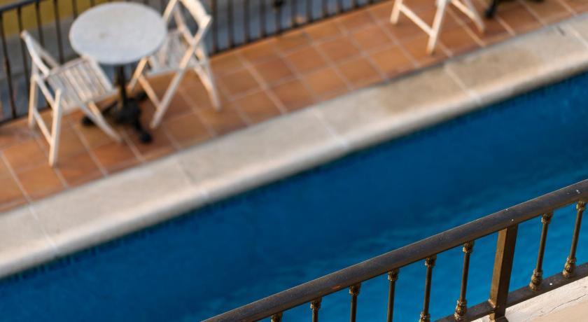 hoteles con encanto en granada  524