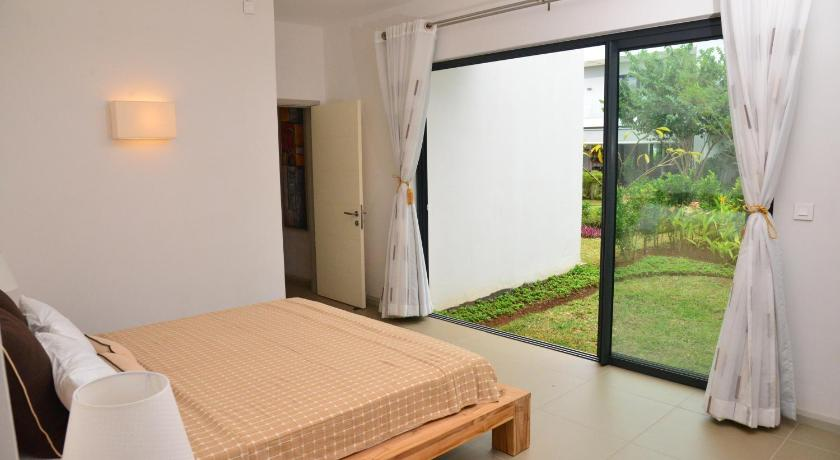 Apartment with Garden View - Guestroom Azuri Cour Ambre
