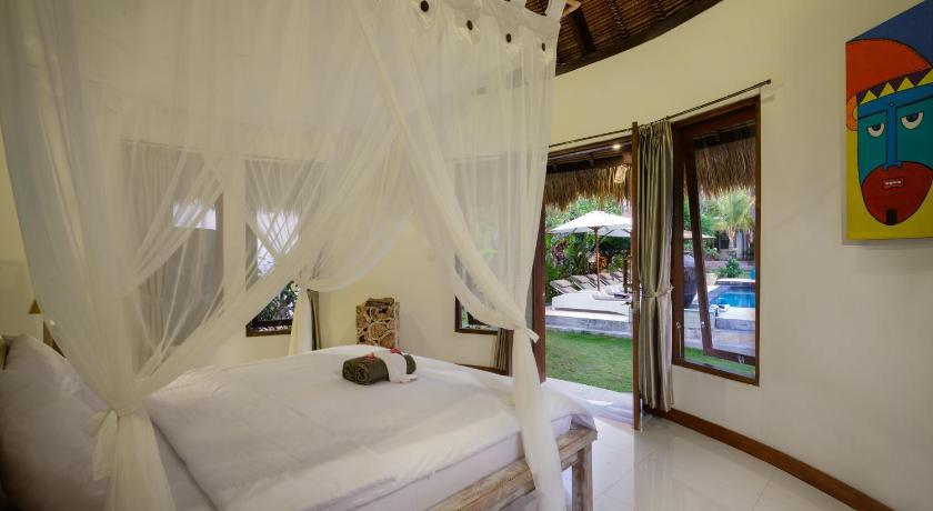 Bungalow with Garden View - Guestroom Candahill Mulya Villa