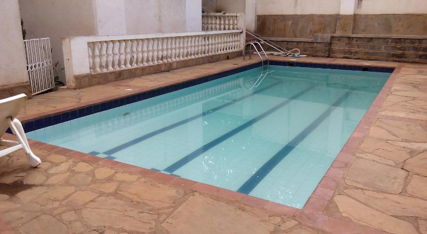 Swimmingpool 3 bedroom Furnished apartment in Westlands - TA