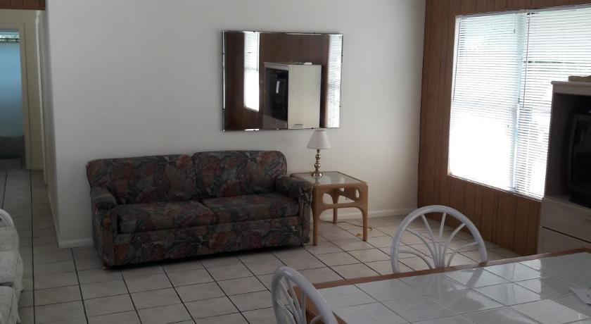 Best Price On Periwinkle Motel In Fort Myers Fl Reviews