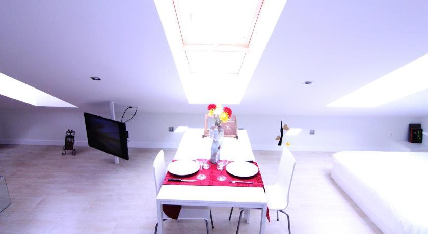 Apartamento Triangulo Del Arte Madrid Bedandbreakfast Eu