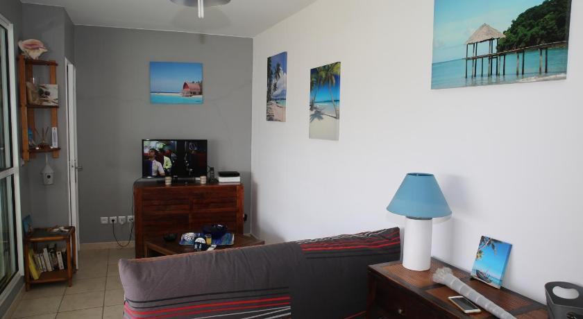 Apartment with Sea View - Facilities Appartement T2 Balisier