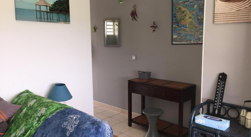 See all 28 photos Appartement T2 Balisier