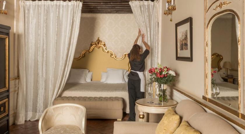Hotel Casa 1800 Granada 7