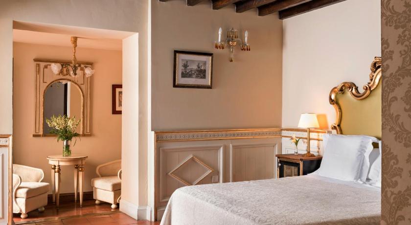Hotel Casa 1800 Granada 41