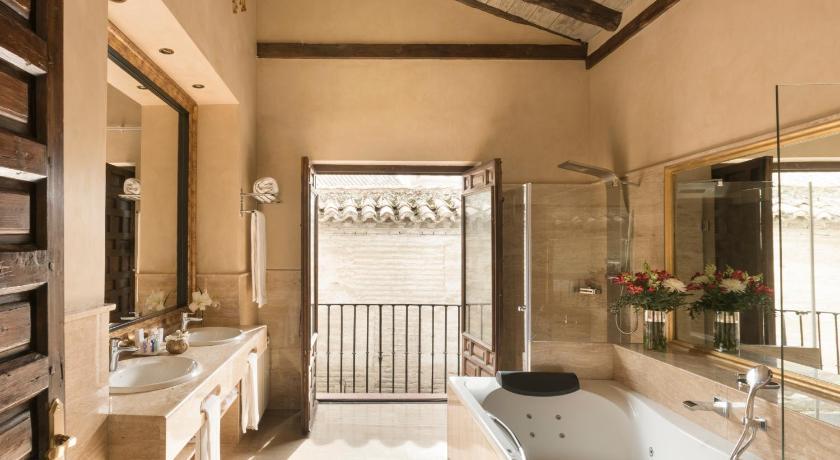 Hotel Casa 1800 Granada 13