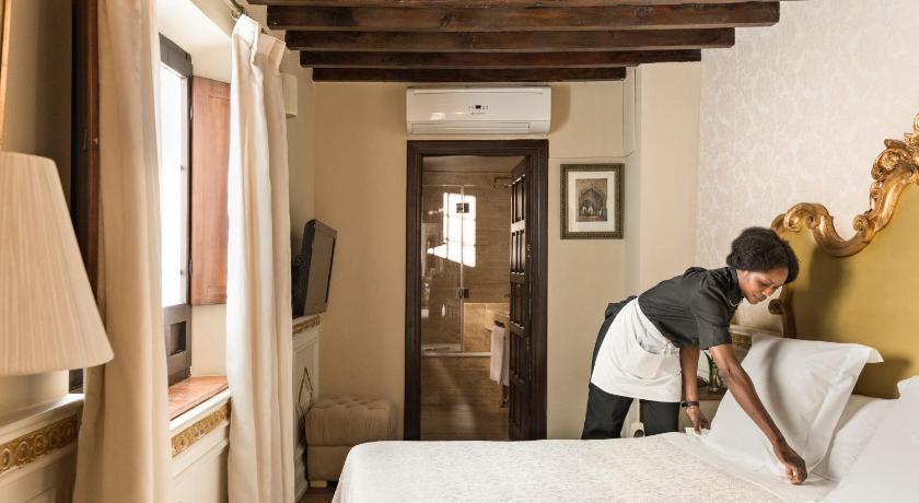 Hotel Casa 1800 Granada 12
