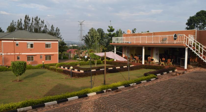 Esterno Country Side Resort Uganda