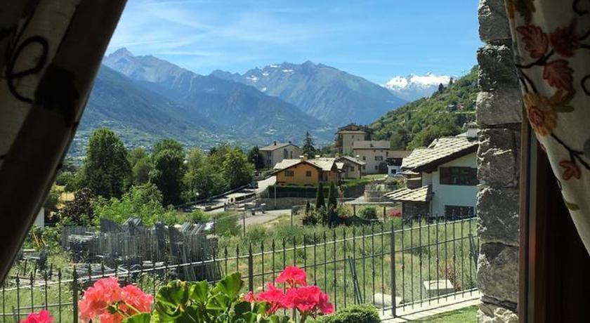 Appartamento Fleur Des Neiges Aosta Bedandbreakfast Eu