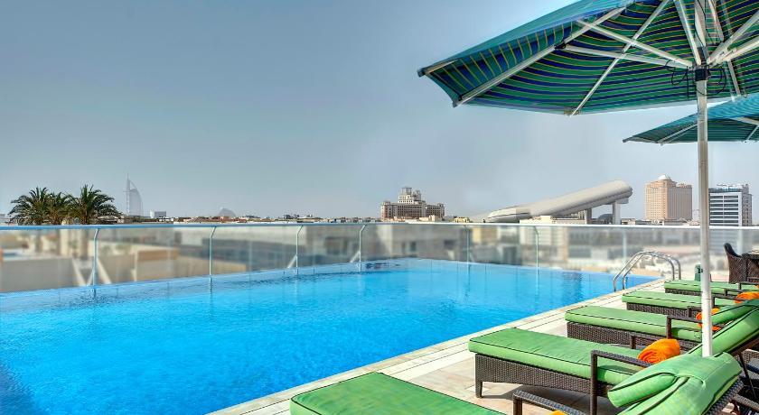 Al Khoory Atrium Hotel Reviews