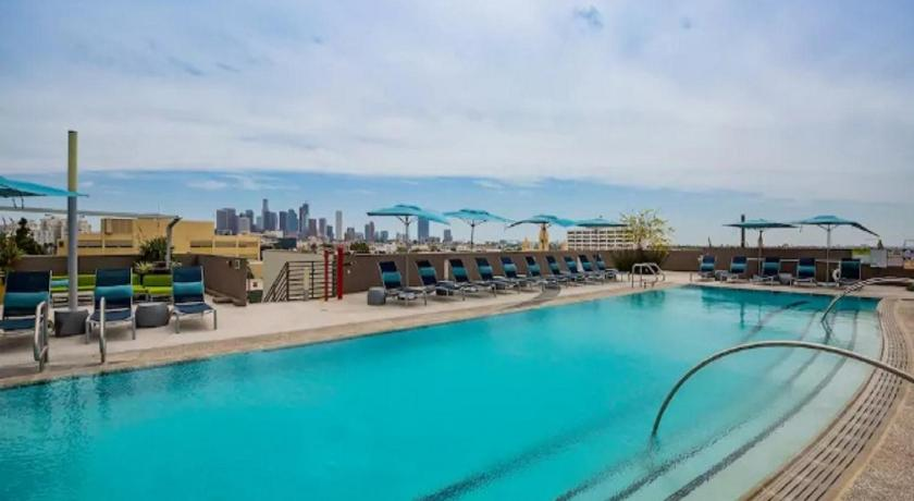 Pool Modern L.A. Dream Home! 2BD&2BA