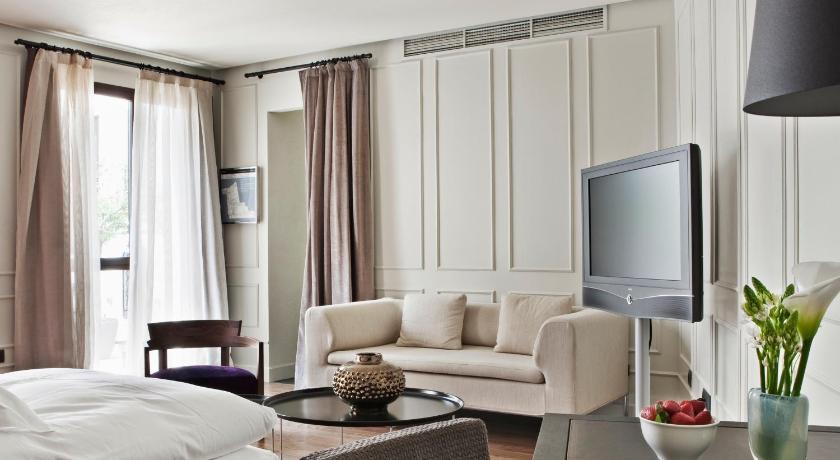 hoteles con encanto en sevilla  225